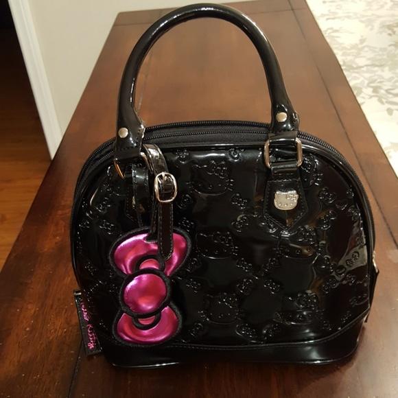 a0cf953f655d Hello Kitty Handbags - Hello kitty handbag w dust bag